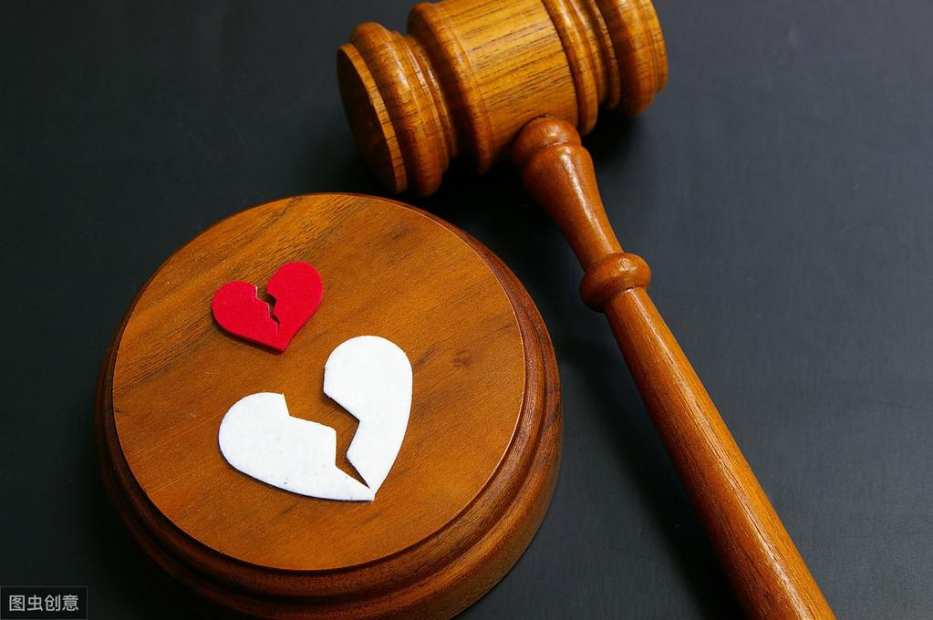 离婚时拆迁安置房应该怎么分割?